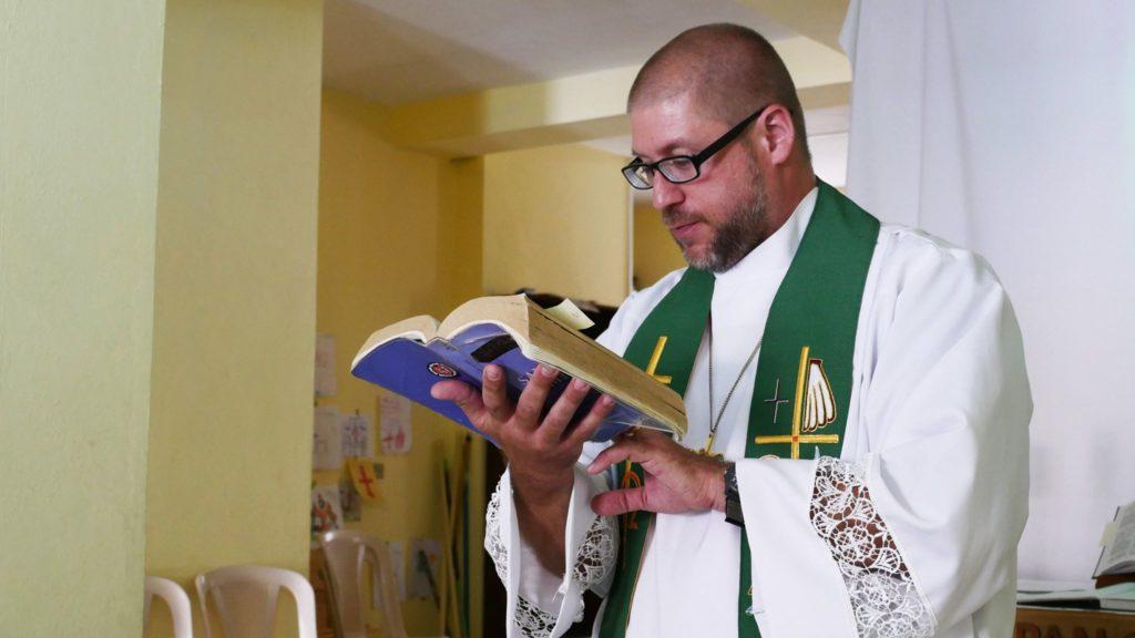 Pastor Joel Fristche